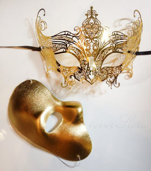 gold halloween mask