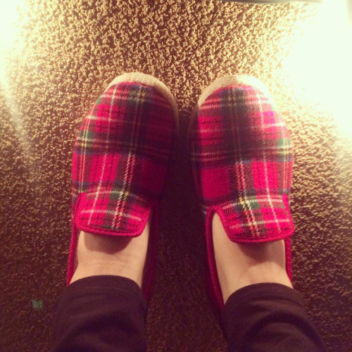 zady plaid slippers ethical fashion