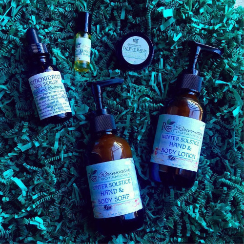 Natural Beauty Resolutions to Make in 2017 - Rainwater Botanicals Winter Solstice Skincare Set
