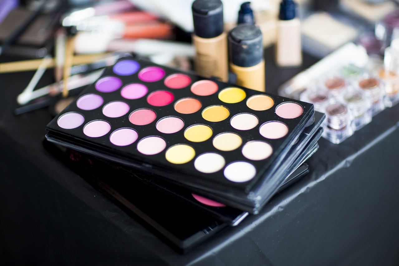 harmful cosmetic ingredients
