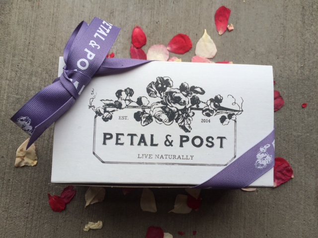 petal and post sample discovery box