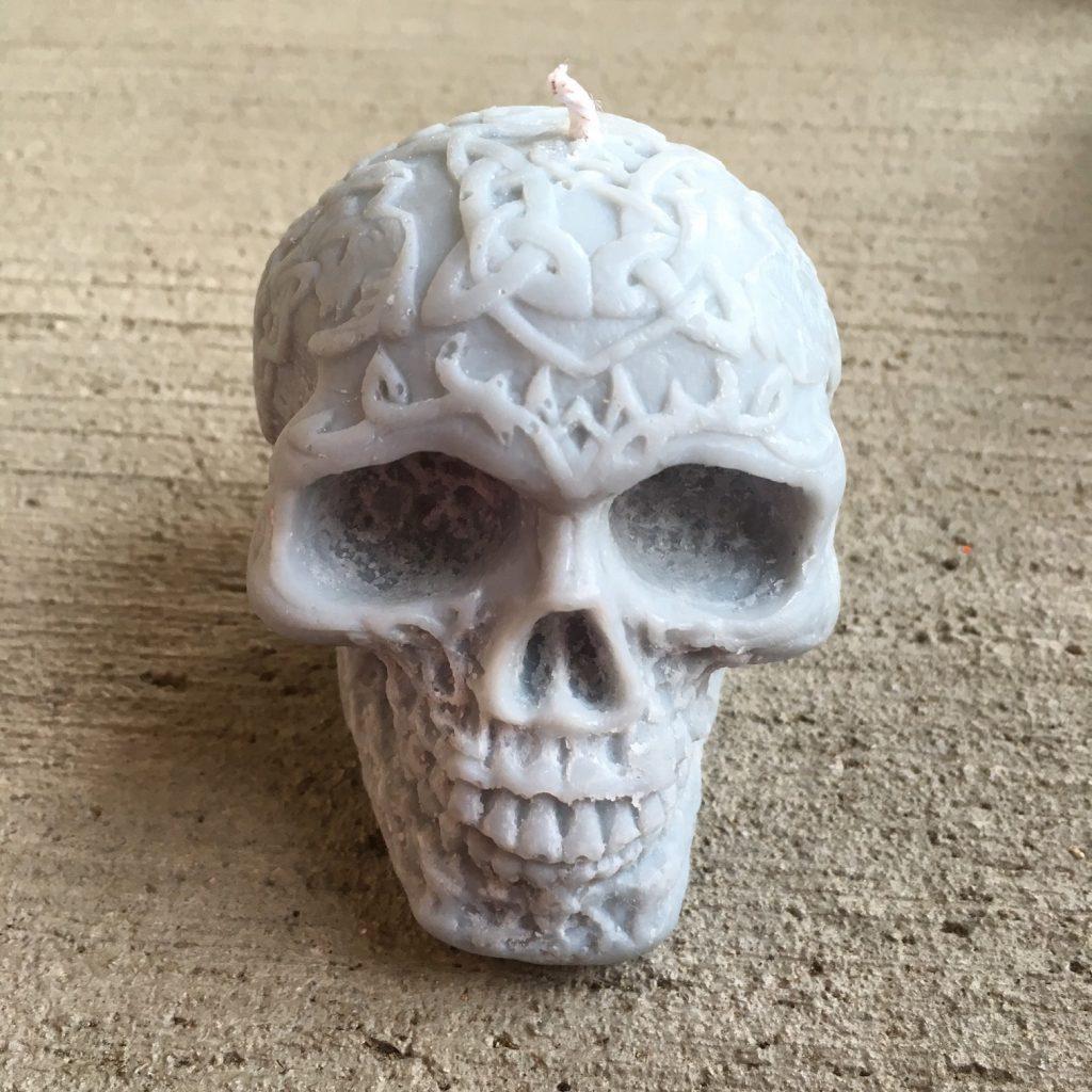 Blockfoot Sustainable Skull Candle