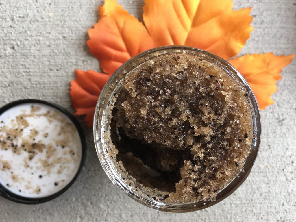 Coffee Grapefruit Scrub - Moon Rivers Naturals Review