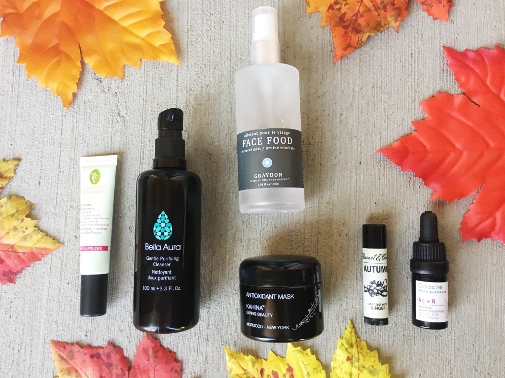 Fall Skincare Products You Need to Have In Your Routine! Click through to get beauty tips and product recommendations for autumn and winter! #FallforGreenBeauty #Ad