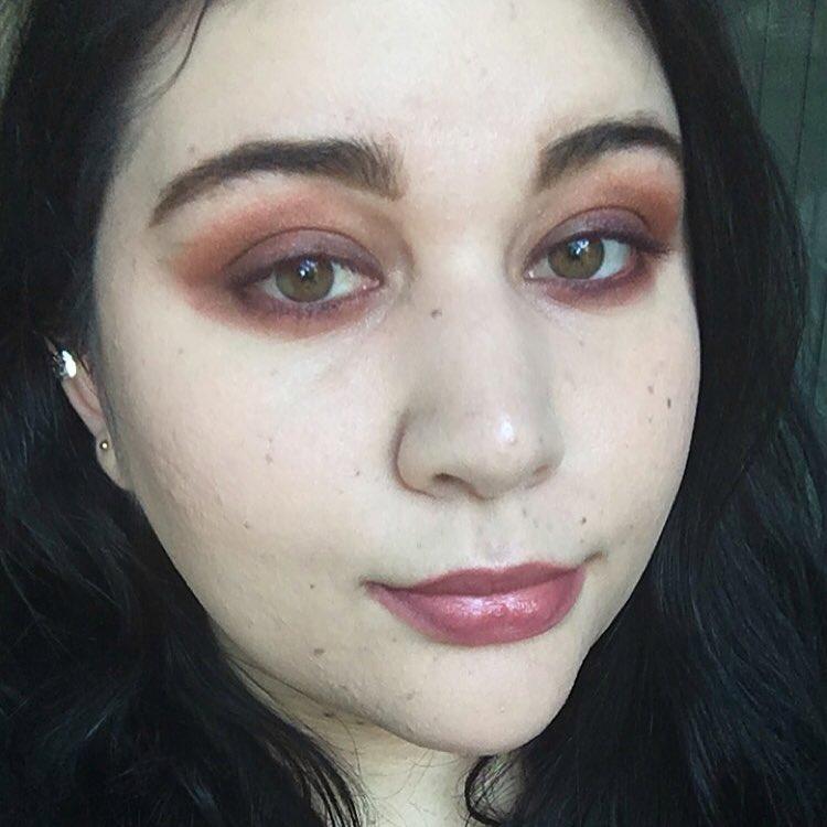 Hynt Beauty Makeup Look