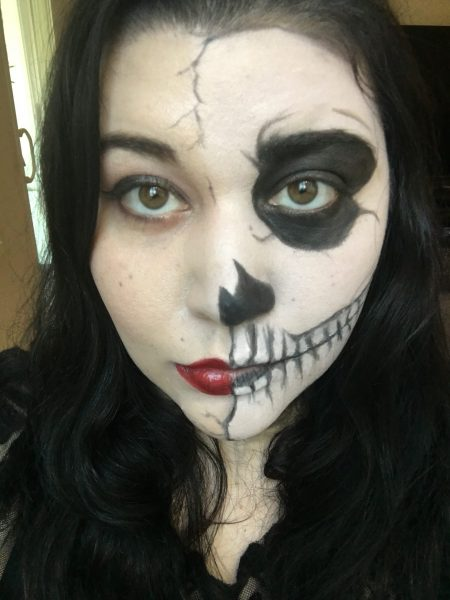 3 Last Minute Halloween Makeup Looks {Using Green Beauty Products!}